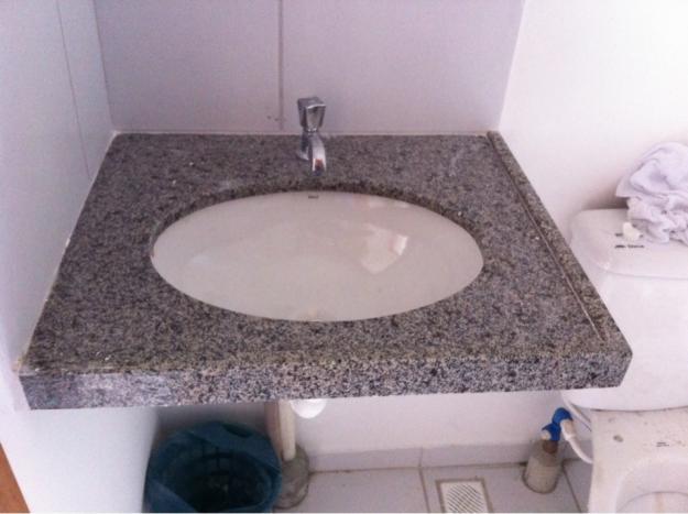 armario de banheiro em mdf para cuba superior e torneira  Vazlon Brasil -> Torneira Eletrica Para Pia De Banheiro