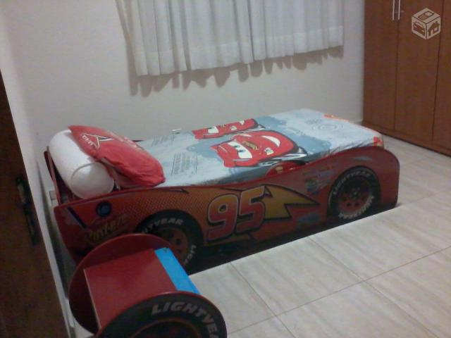 Cama Relampago MC Queen (Cars Disney)