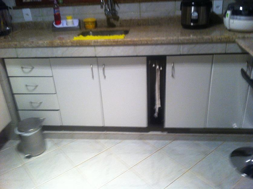 Aparador Aliança ~ armarios de cozinha planejado branco e preto Vazlon Brasil