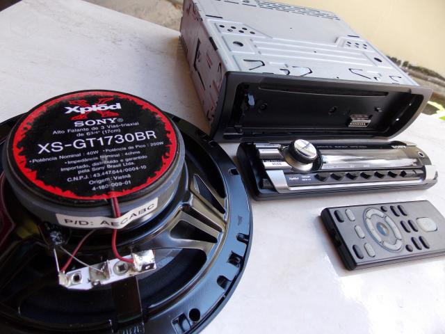Cd Player,Mp3, Sony Xplod Cdx com Auto falante