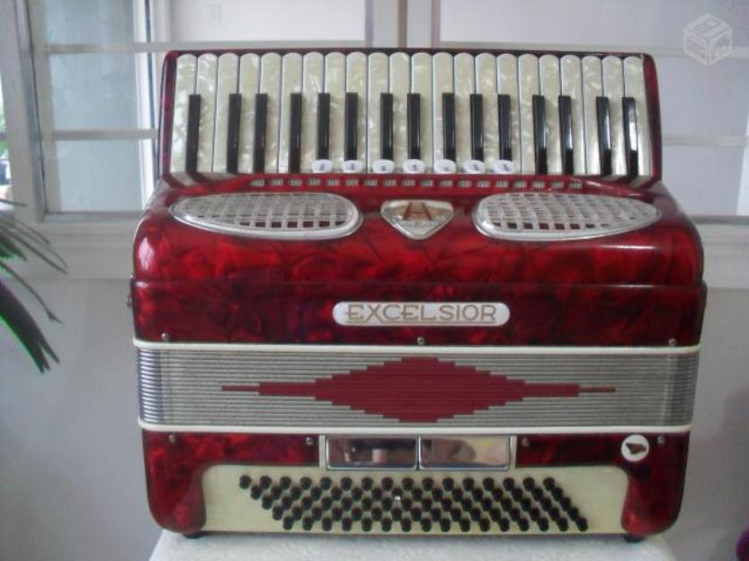 Acordeon Excelsior Model , gaita, sanfona Italiana