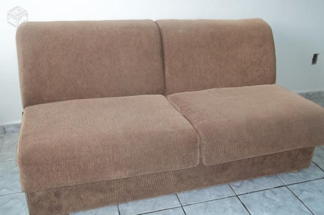 Sofa cama reformado modelo antigo vazlon brasil for Modelos sofas cama