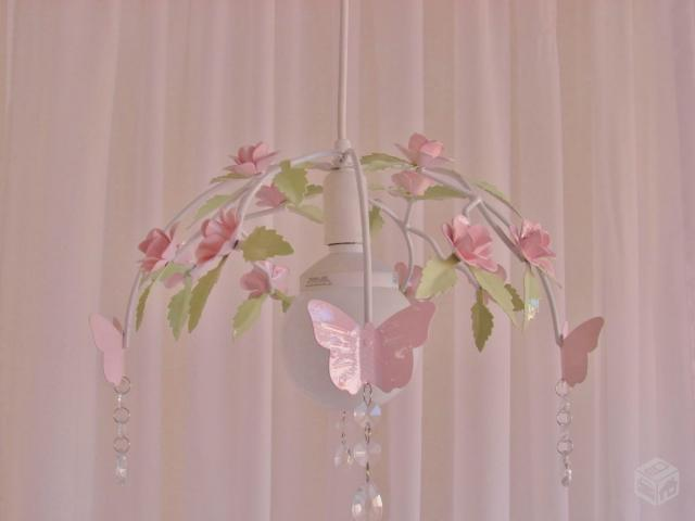 lustre de quarto de bebe roxo e branco Vazlon Brasil