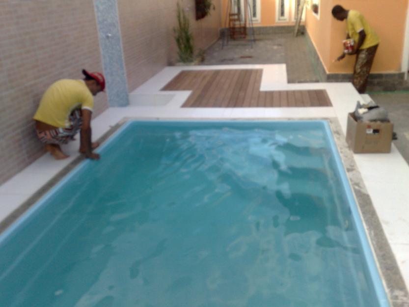 Piscina instalada a preco de fabrica vazlon brasil for Fabrica de piscina