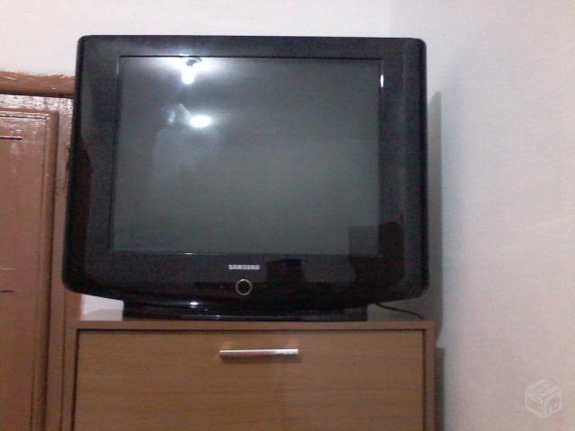 Vendo tv samsung tela plana polegadas gratis um radio - Television pequena plana ...