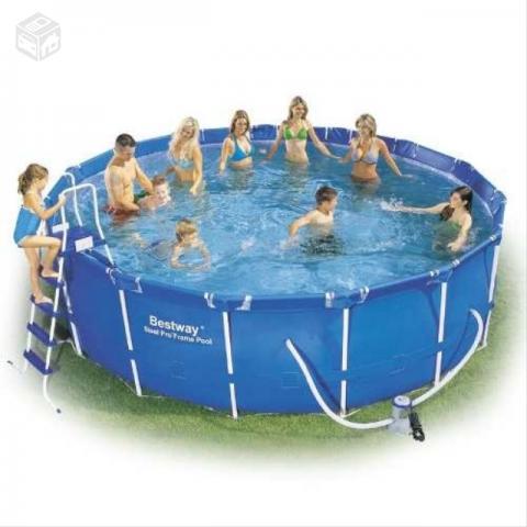 Vendo piscina com motor ofertas vazlon brasil for Motor piscina