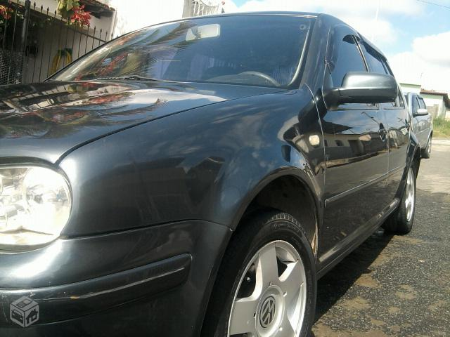 Vw - Volkswagen Golf SAPÃO -