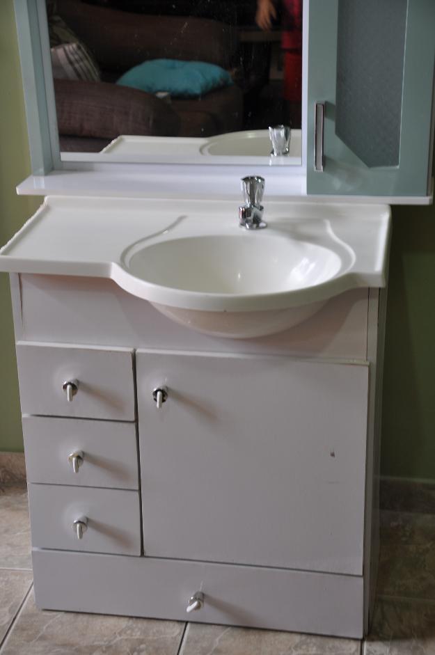 Gabinete Para Banheiro Gabinetes com pia para banheiro -> Banheiro Pequeno Gabinete