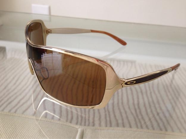 f633e6c37 óculos Oakley Feminino Dart Gold | United Nations System Chief ...
