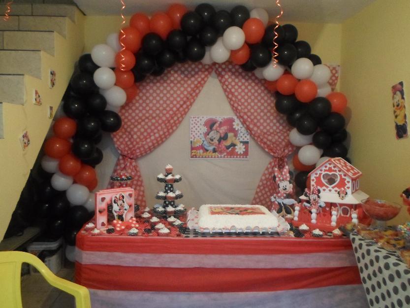 kit decoraçao para festa minnie vermelha 1 saia de mesa vermelha 1