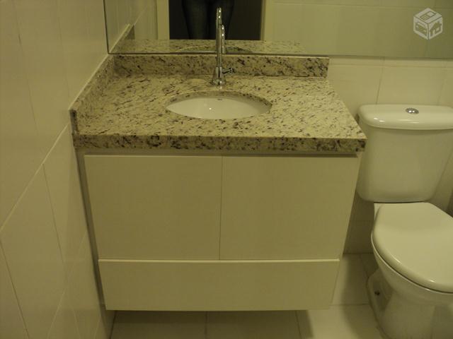 pia de vidro com gabinete e torneira  Vazlon Brasil -> Torneira Plastica Para Pia De Banheiro