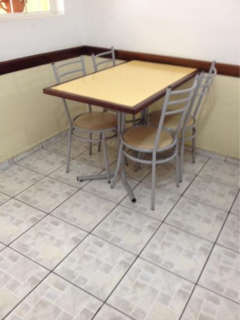 Cadeiras para restaurante vazlon brasil for Mesas para restaurante usadas