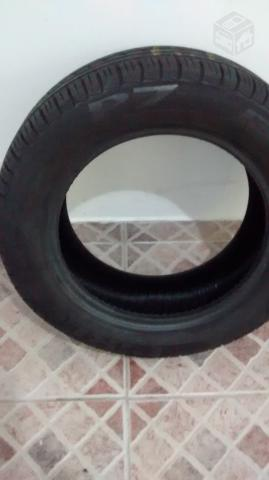 rodas do fiat punto com pneu ofertas vazlon brasil. Black Bedroom Furniture Sets. Home Design Ideas