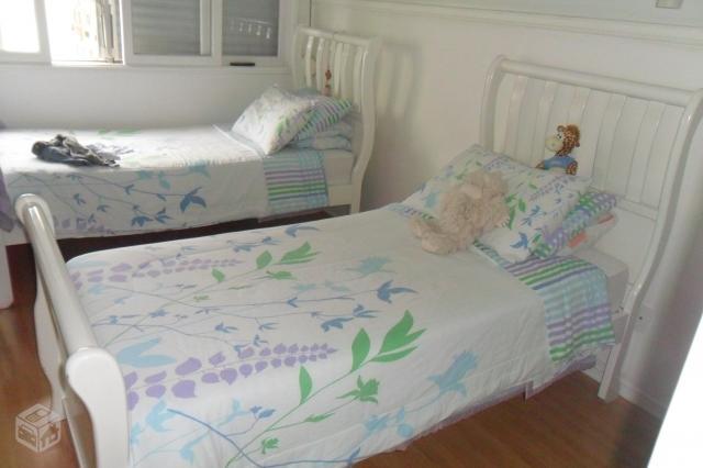 2 camas de solteiro em cerejeira estilo colonial por r - Camas estilo colonial ...