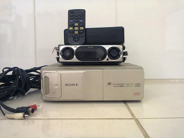 CD Player Sony Xplod + Disqueteira Sony