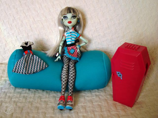 Brinquedo Monster High Classroom Playset And Frank