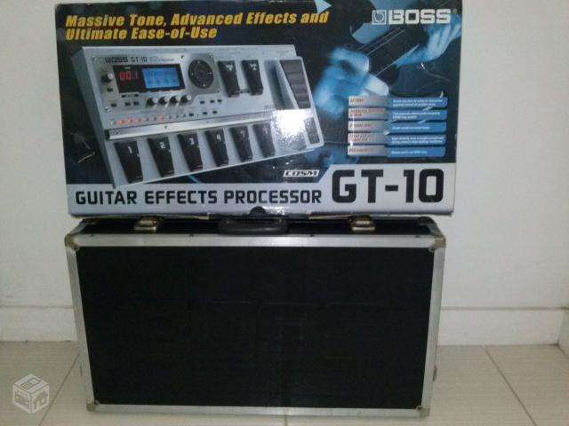 Pedaleira de Guitarra Boss Gt- + Hard Case Boss