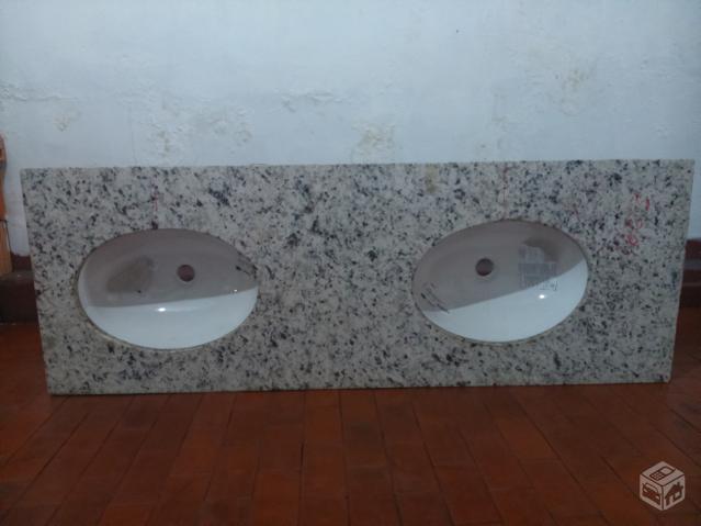 pedra de marmore tarantino para banheiro com duas cubas e  Vazlon Brasil -> Pia De Banheiro Com Duas Cubas