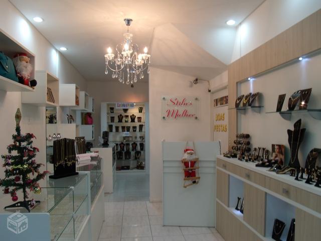 b7c852f013f Montagem de loja de semi joias – Bijoux à la mode