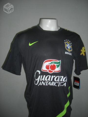 6383e23b12 camisa oficial de treino da selecao brasileira   OFERTAS