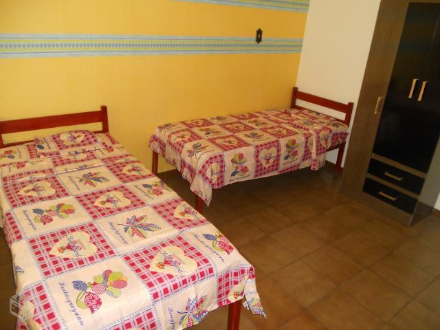 Hostel familiar cama e cafe vazlon brasil for Cama familiar