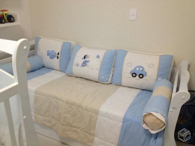 Moveis quarto de bebe berco sofa cama comoda e cadeira for Divan cama completo