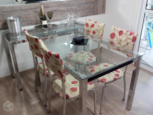 Armario Nancy Antiguo ~ mesa com 4 cadeiras e um aparador em aco inox Vazlon Brasil