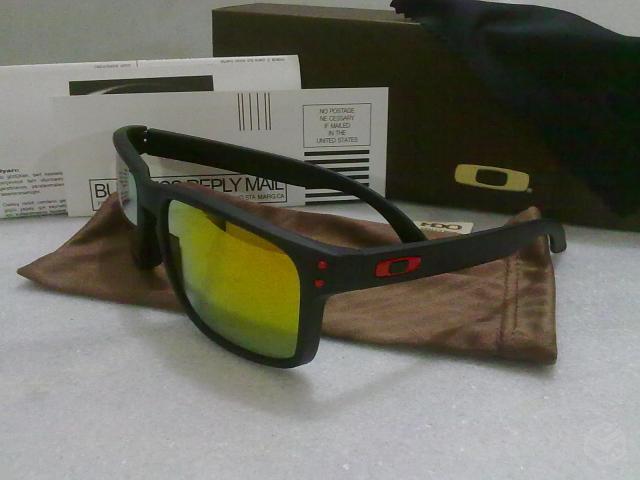 oculos oakley original lente marrom armacao preta   OFERTAS ... fcca3ba369