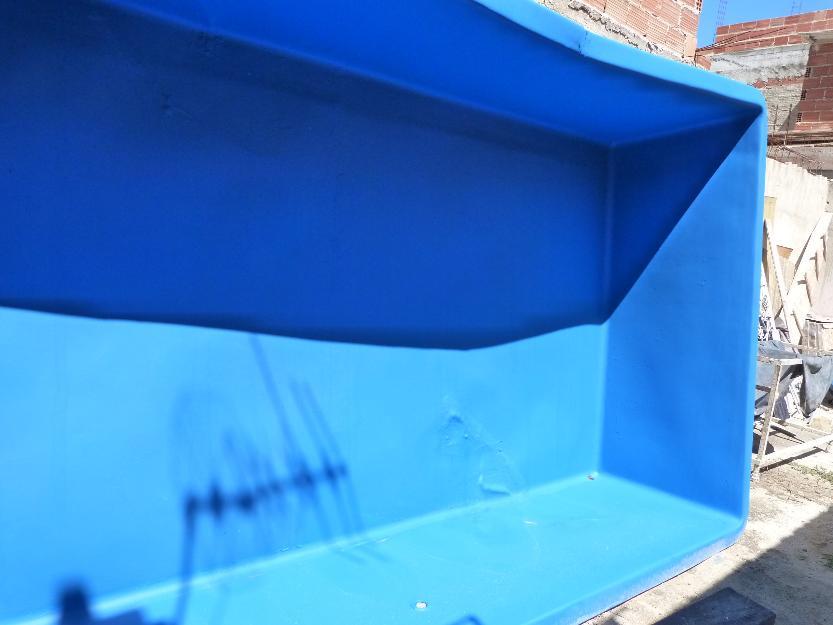 Piscina de fibra x profundidade r vazlon brasil for Vendo piscina de fibra
