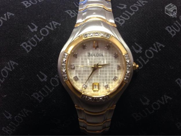 6585f935ba7 relogio bulova diamantes semi novo r   OFERTAS