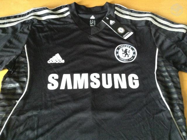 9a74f82b4d89d Camisa Chelsea Preta. David Luiz 4 tam G - R