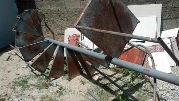 Escadas Caracol de Ferro Escada Caracol Usada Vendo ou