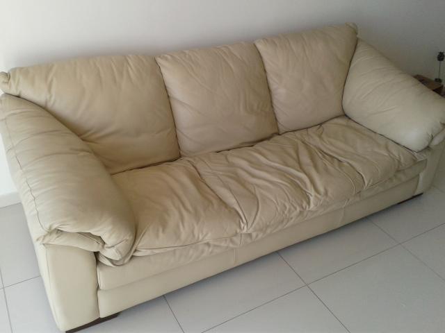 jogo de sofa 3 e 2 lugares em couro legitimo bege r ...