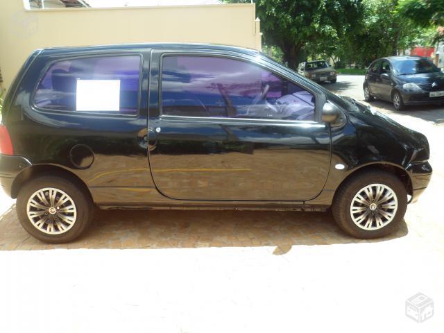renault twingo inteiro pneus novos ofertas vazlon brasil. Black Bedroom Furniture Sets. Home Design Ideas