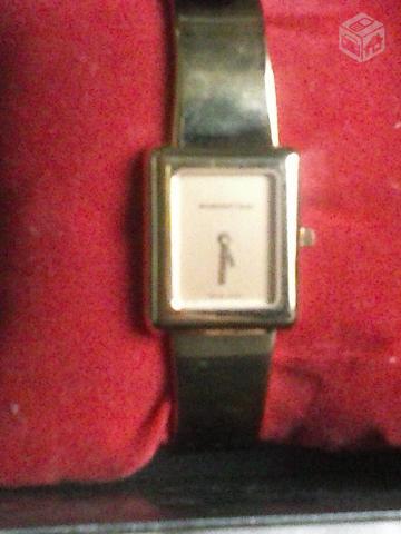 cdcf29d676a relogio amsterdam sauer com pulseira de couro e caixa de   OFERTAS ...
