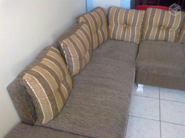 Sofa de canto 2 e 3 lugares puff vazlon brasil for Sofas com chaise e puff