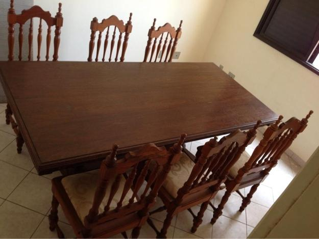 Mesa de madeira estilo colonial com 8 lugares vazlon brasil for Mesas estilo colonial