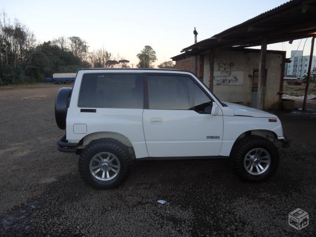 jeep suzuki grand vitara:
