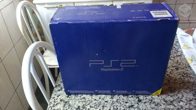 Playstation 2 (Ps2) Fat na caixa - R$
