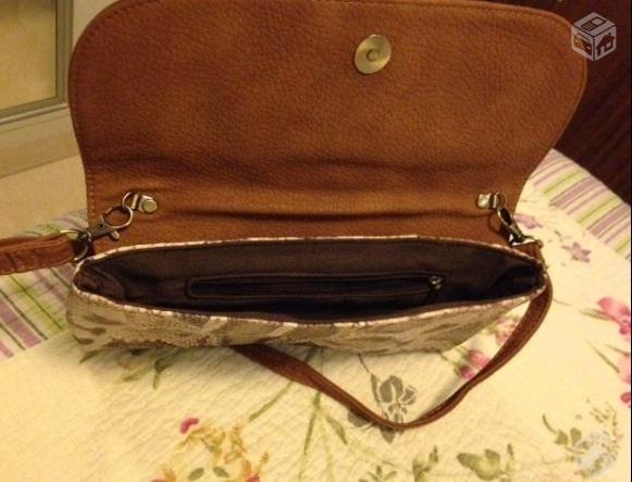 Bolsa De Couro Usada : Bolsa em couro cru antiga para viagem r usada bom