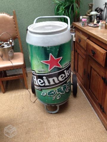 Cooler cerveja com rodinhas