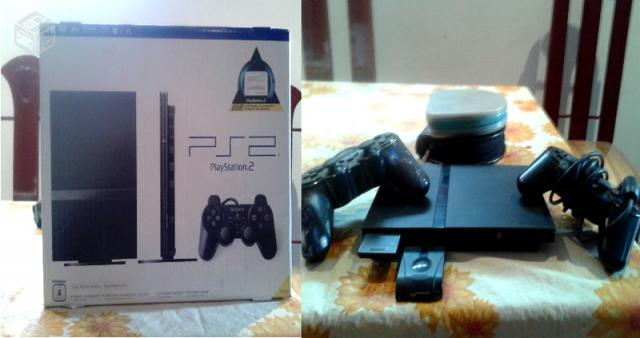 PS2 Slim + 2 controles + Memory Card - R$