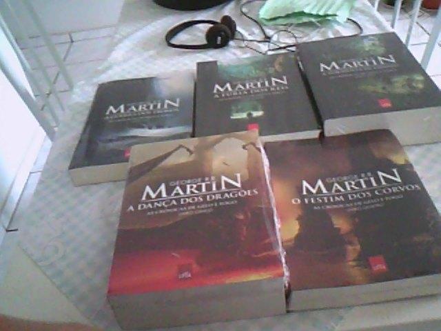 c277ea8f6 kit 5 livros as cronicas de gelo e fogo r   OFERTAS