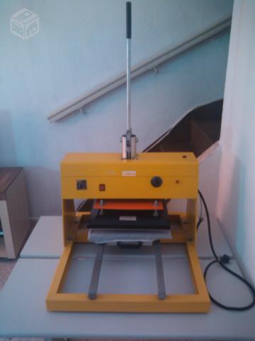 efdc7fac5a199 maquina de estampar camisas marca compacta print manaus   OFERTAS ...
