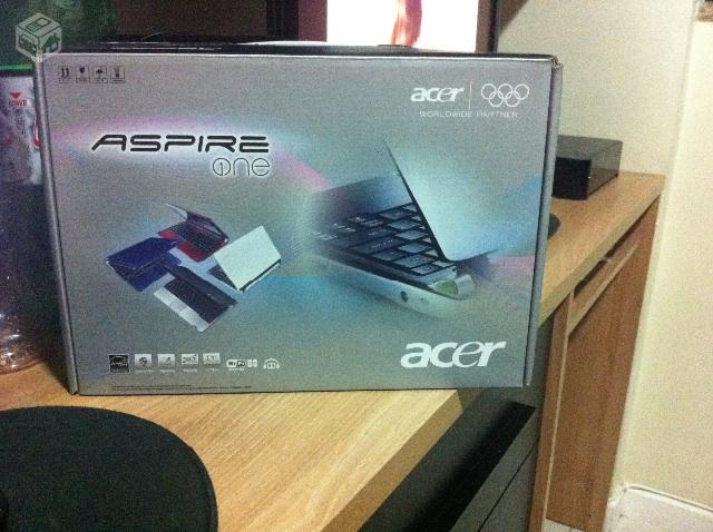 Netbook acer aspire one preto - R$