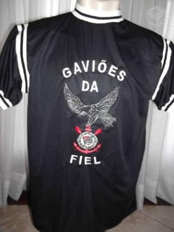 b2a077f0e6 camisa gavioes da fiel bordada r   OFERTAS