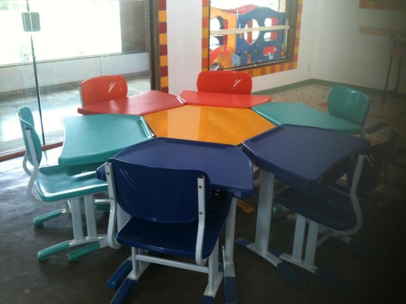 Jogo de mesa e cadeira de escola infantil vazlon brasil - Mesa resina infantil ...