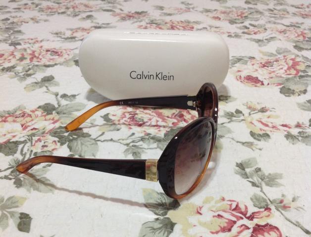 oculos de sol calvin klein   OFERTAS     Vazlon Brasil b9664336f3