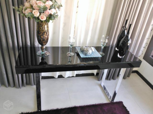 Selma Russo Artesanato ~ aparador em aco cromado e vidro Vazlon Brasil