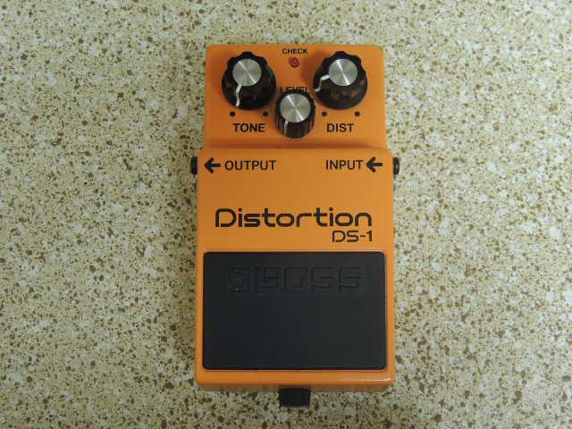 Pedal Boss Distortion DS-1 - R$